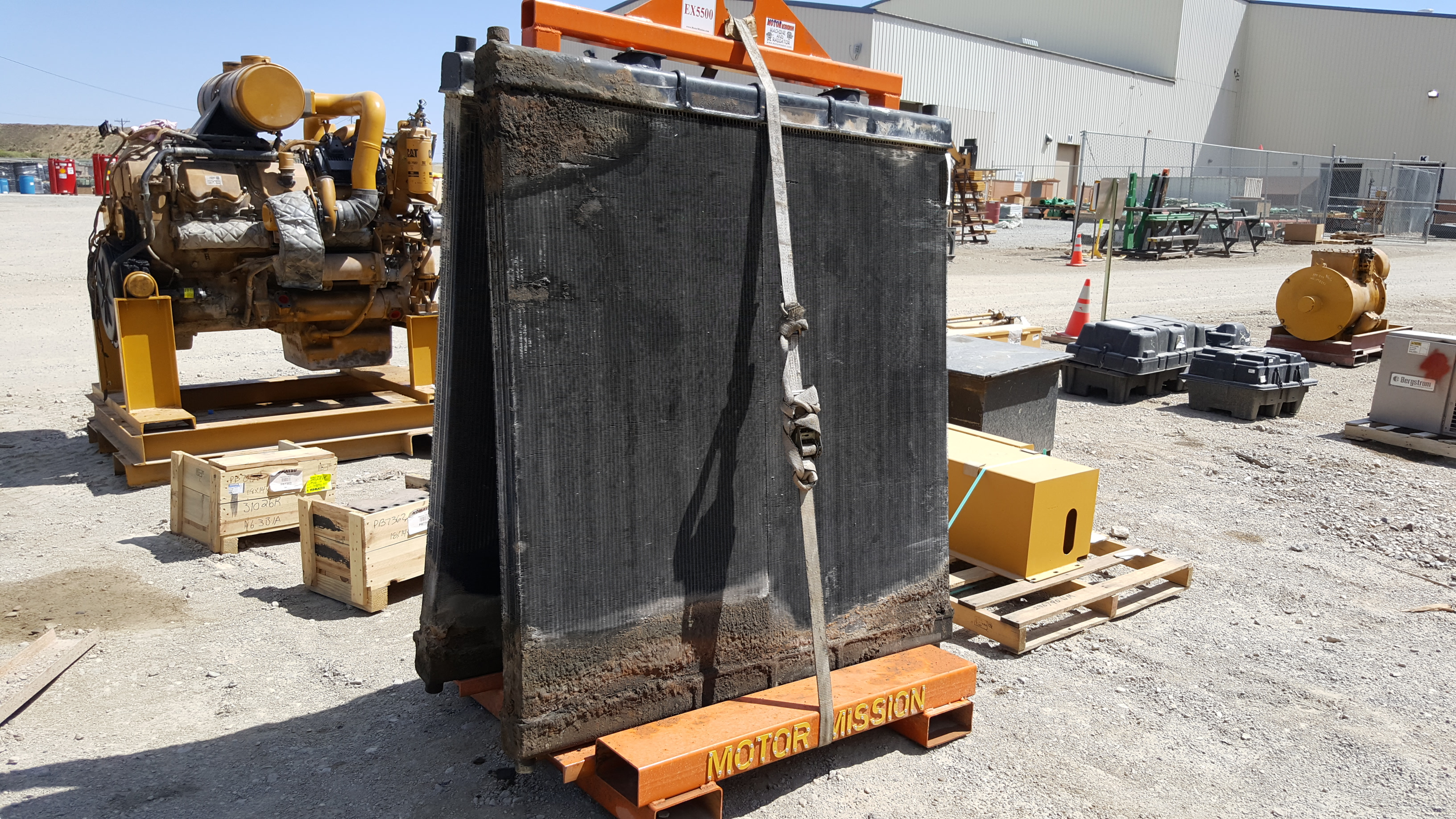 Heavy Equipment Oil Leaks : Hitachi ex shovel hydraulic oil cooler cleaning and