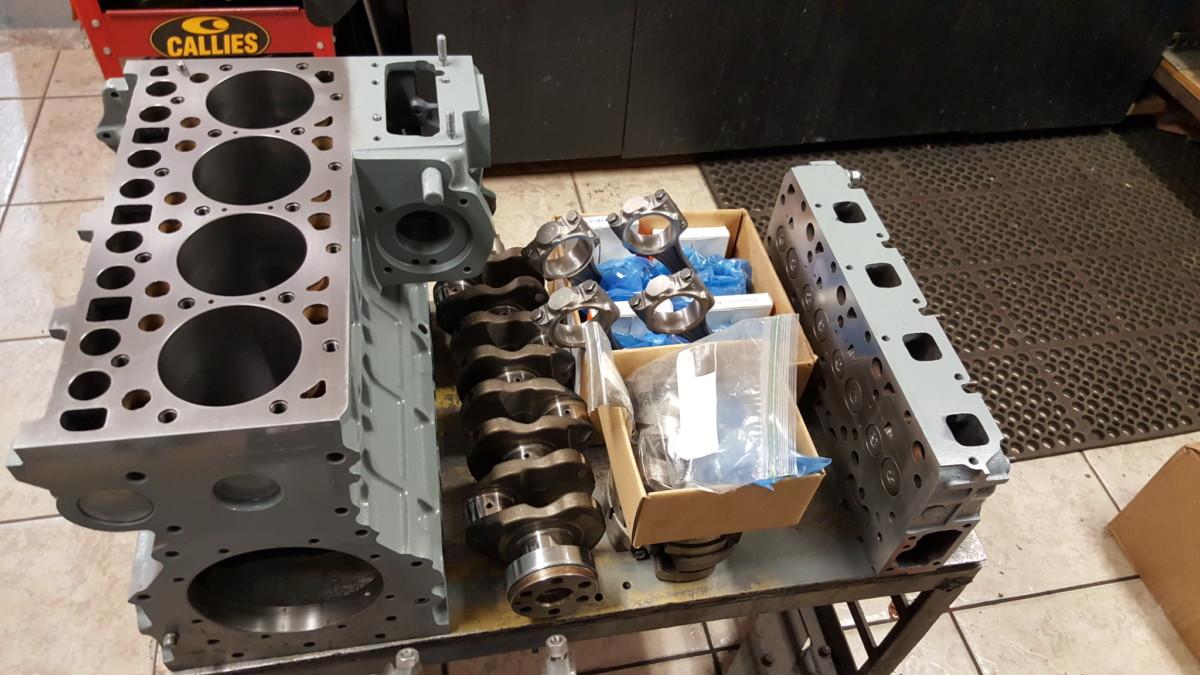 Bobcat Motor Parts : Kubota bobcat diesel engine repair machine work