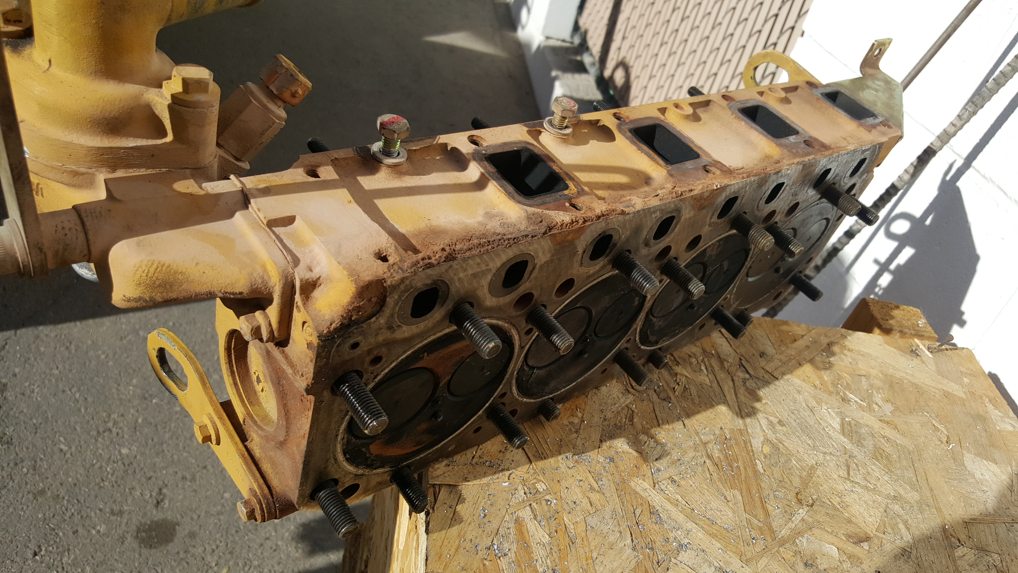 Caterpillar 3034 Perkins 29 Liter Diesel Cylinder Head Valve Job Cat Engine Diagram V8 This Is A That Off Of An Also Sold Used Under As The Kicked Connecting Out