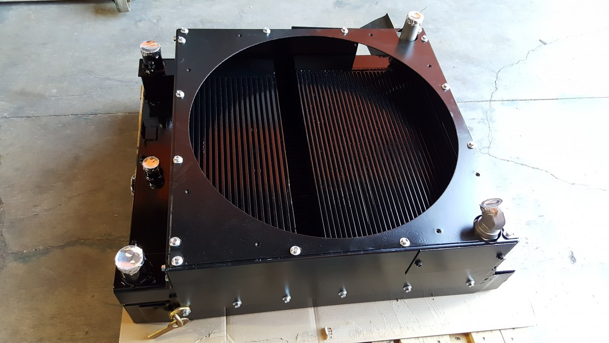 Heavy Equipment Hydraulic Oil Coolers : Gomaco paver construction machinery radiator hydraulic