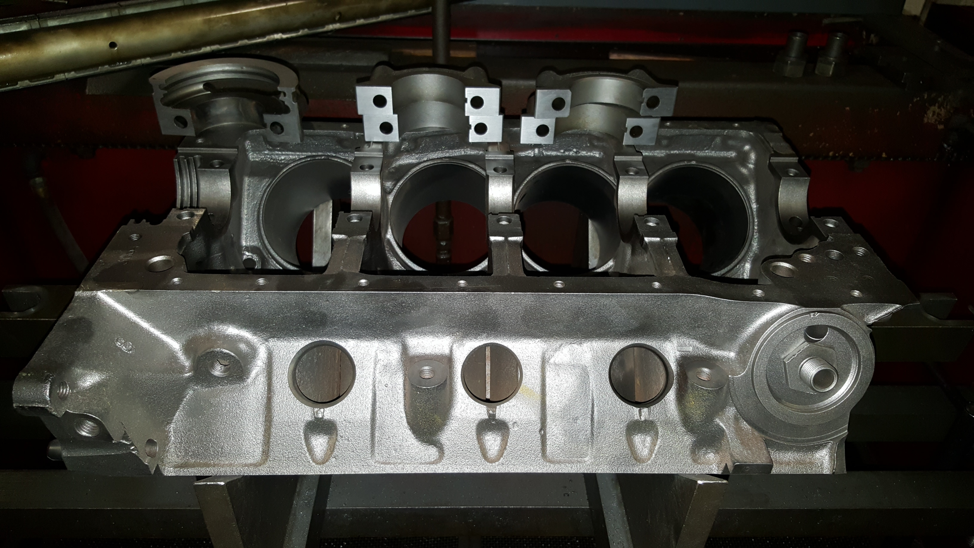 Engine Machine Shop >> Engine And Cylinder Head Machining At A High Performance