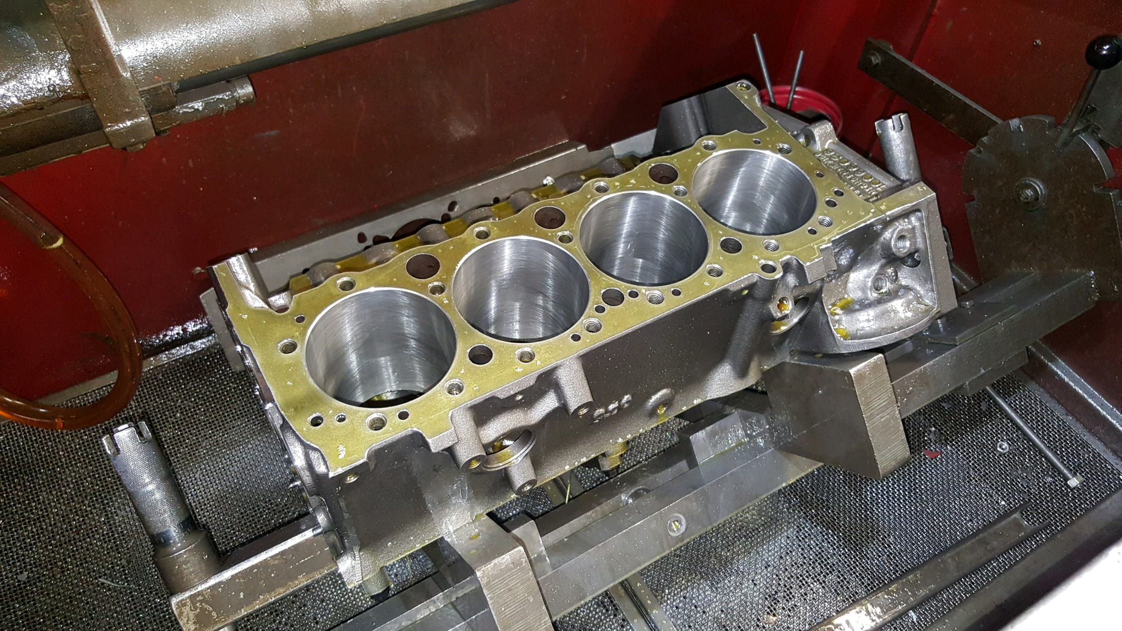 Custom and High Performance Engine and Cylinder Head