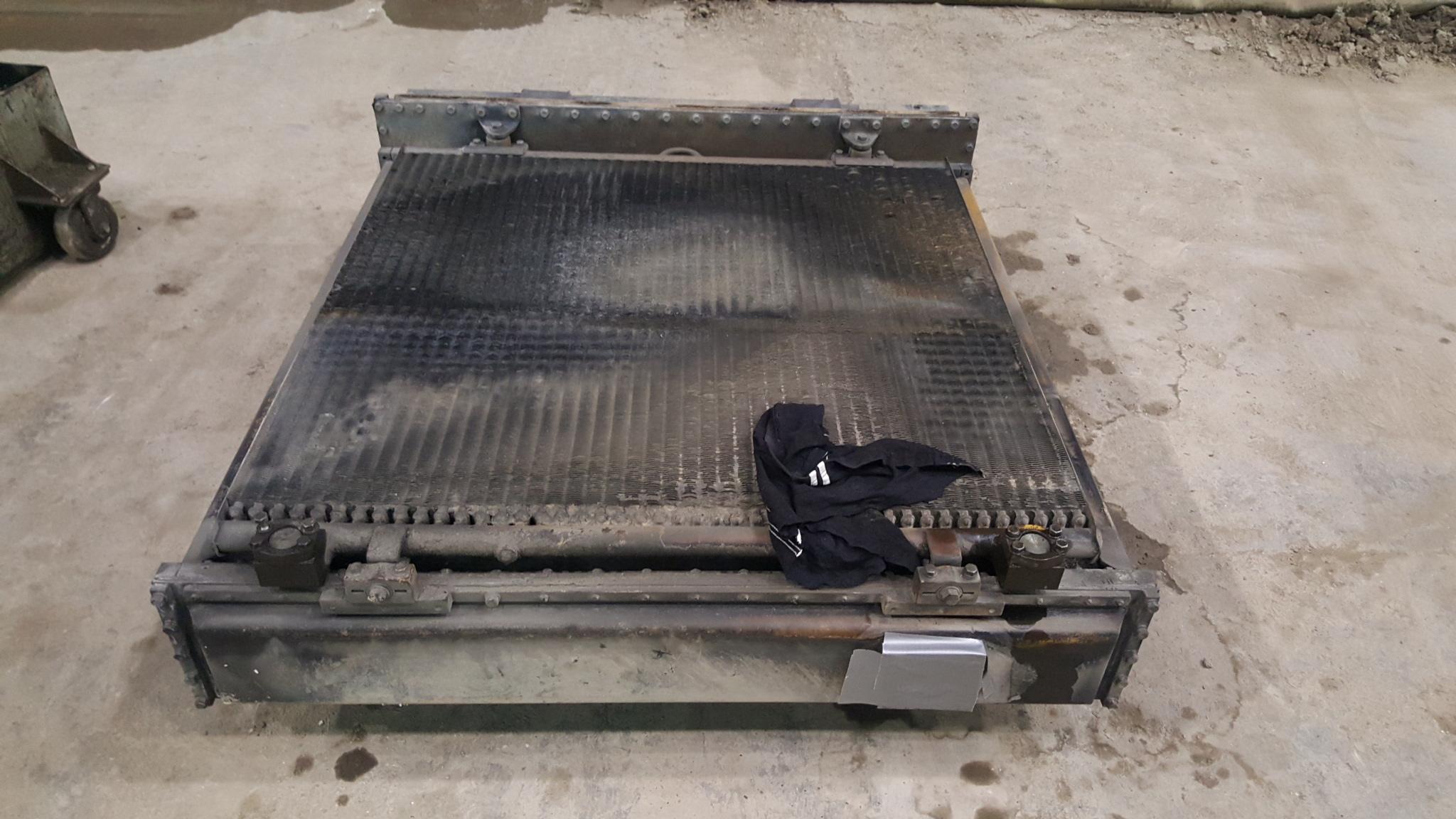 caterpillar  rubber tire wheel dozer radiator recore   rocore core oil cooler repair